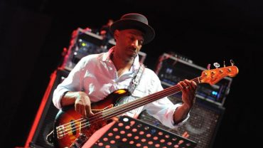 TRIBUTE TO MILES JAZZ A VIENNE 2011 MARCUS MILLER